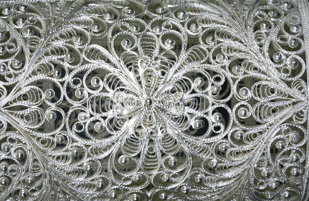 Техника рисунка серебром