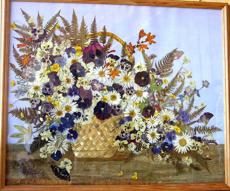 Поделка из цветов сухих 564