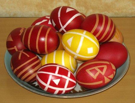 Красим пасхальные яйца или крапанки, писанки, крашенки, драпанки
